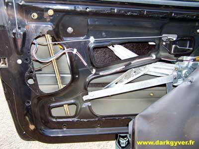 Rta bmw de darkgyver d montage remplacement moteur de for Tringlerie porte fenetre